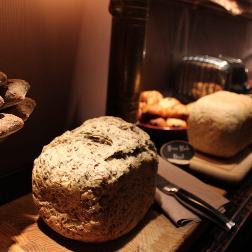 Vers zelfgemaakt brood